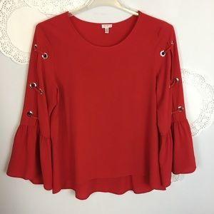 VALENTINE'S TOP Red Cut-out Sleeves Bell Like New